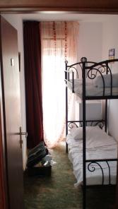 Prima camera - patul de sus nu avea scara