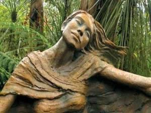 statue-din-lemn-12