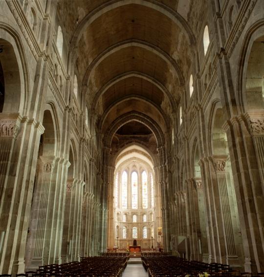 Autun,_Cathédrale_Saint-Lazare_PM_48356