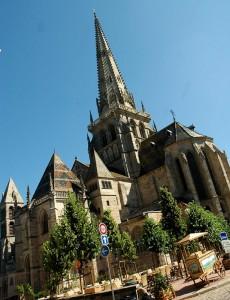 cathedrale-saint-lazare